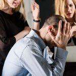 職場にいる「めんどくさい人」の特徴や正しい対処法について。無視してOK?